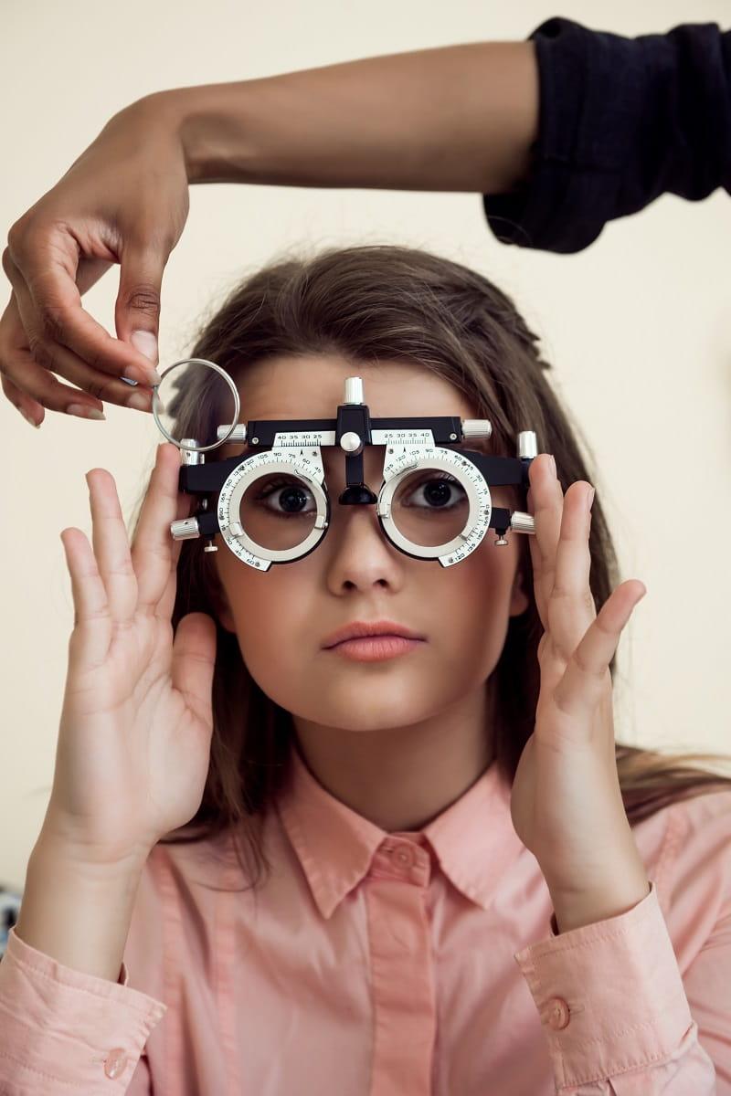 Control de la miopía en la clínica Doctor Rodríguez